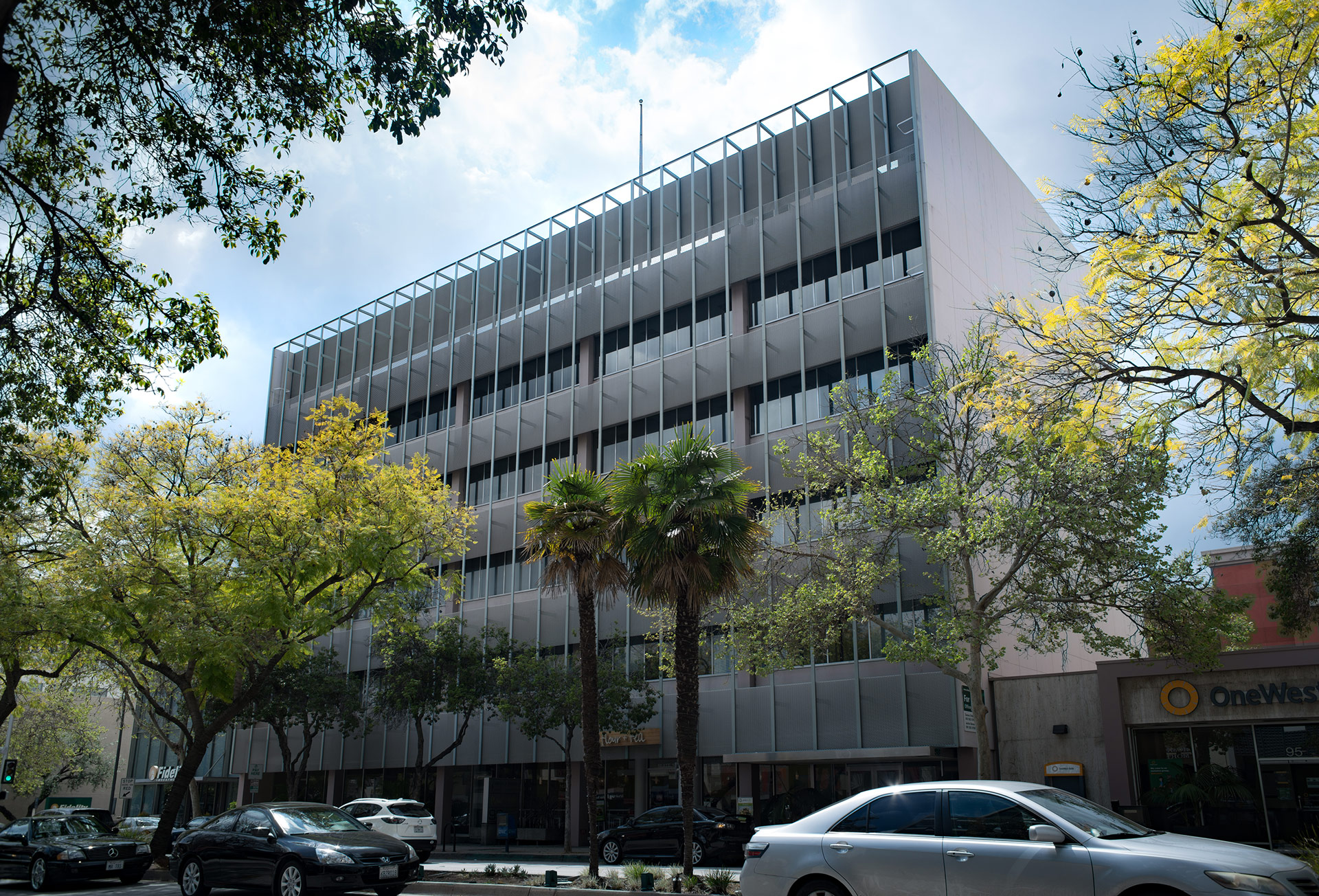 Pasadena FIVE-STORY OFFICE / RETAIL BUILDING De Pietro Holdings
